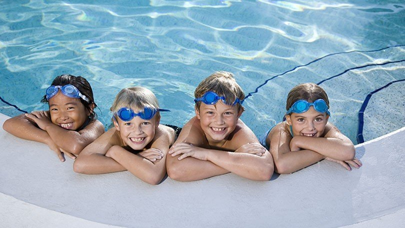 2304d59dd32c If you re wondering how swimming affects your eyes and what you can do to  protect them